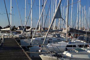 Orte auf der Halbinsel Wittow – Segelboote im Hafen von Breege auf Rügen