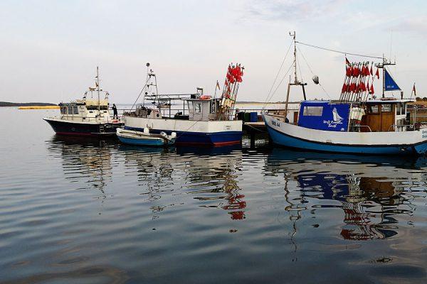 Halbinsel Wittow – Fischerboote im Hafen von Breege auf der Insel Rügen