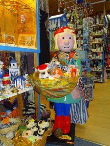Produkte vom Marineshop in Breege auf der Insel Rügen