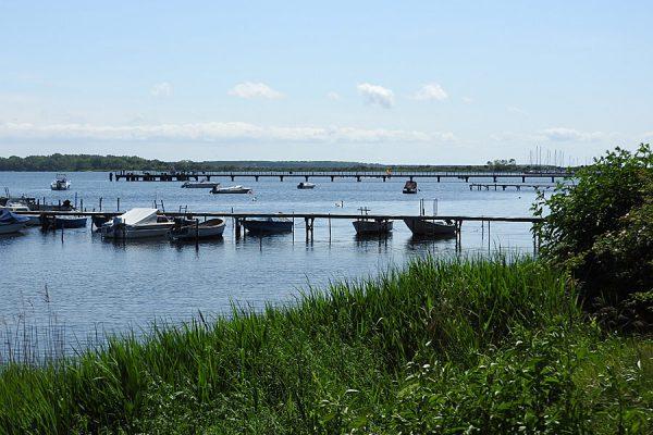Boote im Hafen von Dranske auf der Halbinsel Wittow im Norden von Rügen