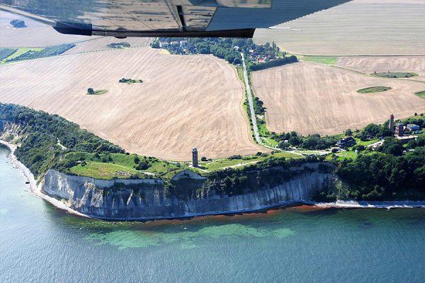 Luftaufnahme vom Kap Arkona auf der Insel Rügen an der Ostsee