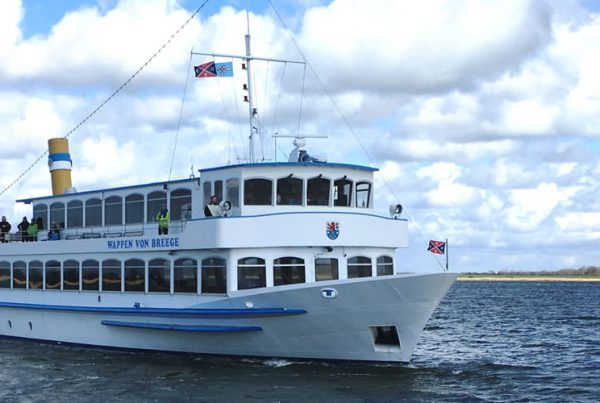 Reederei Kipp – Mit dem Fahrgastschiff MS Wappen von Breege nach Hiddensee