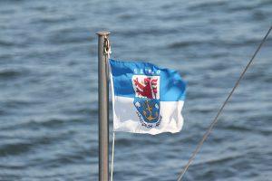 Schifffahrten mit der MS Wappen der Reederei Kipp