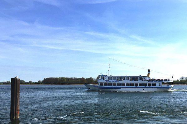 Überfahrt zur Insel Hiddensee mit der Reederei Kipp