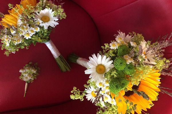 Blumen im Café in Wiek auf der Insel Rügen