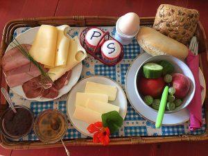 Frühstück im Café in Wiek auf der Insel Rügen – Saisonal, selbstgemacht und regional